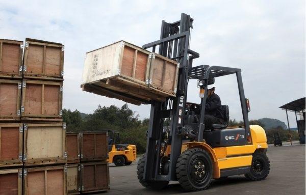 Dịch vụ vận chuyển máy móc công nghiệp